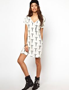 Lovehate' Java Dress by Youreyeslie.com Online store> Get this for $16.80