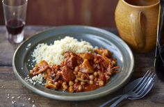 Squid, chickpea and chorizo stew | Tesco Real Food