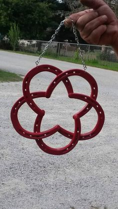 Horse Shoe Star. Hanging chain to hang by LawsonsMetalCreation  www.facebook.com/lawsonsmetalcreations