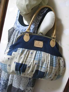 . I like the combinations on this bag