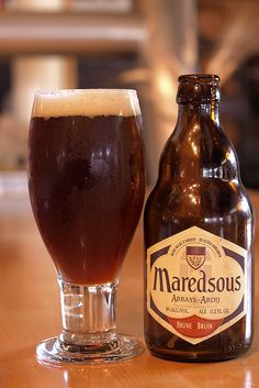 High fermentation abbey beer, brewed in accordance with the Benedictine tradition of the community of Maredsous Abbey. Take it out of the fridge a decent while before drinking.