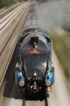 Stunning Train Images / The Cathedrals Express