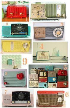 mmm vintage clocks, so fun