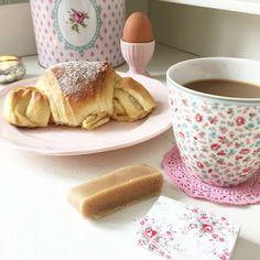 SchwedischHolstein: Marzipan Croissant eller Marsipan Croissant