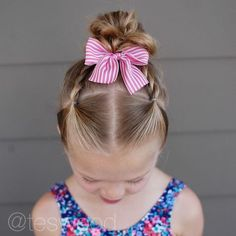 Swipe to see two swim styles from this week! I love styles without too many part lines (sunscreen) and elastics in Swipe to see two swim styles from this week! I love styles without too many part lines (sunscreen) and elastics in Toddler Hair Dos, Easy Toddler Hairstyles, Easy Little Girl Hairstyles, Cute Girls Hairstyles, Princess Hairstyles, Different Hairstyles, Braided Hairstyles, Teenage Hairstyles, School Hairstyles