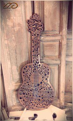 Cuadro de notas musicales dando forma a una guitarra clásica por MaderCraft en Etsy Woodworking Plans, Woodworking Projects, Make Mine Music, Cnc Projects, Music Decor, Guitar Art, Music Notes, In My Feelings, Artsy Fartsy