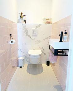 Toilet Room, Toilet Design, Kitchen Decor Themes, Downstairs Bathroom, Home Remodeling, House Warming, Karen, Interior, Inspiration