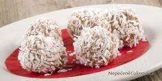 These caramel coconut truffles will be a wintery sweet treat. Each truffle has delicious sugary favors and a yummy coconut winter look. Cooking Tips, Cooking Recipes, Coconut Truffles, Chocolate Biscuits, Candy Dishes, Copycat Recipes, Cookies Et Biscuits, Caramel