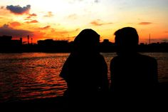Prewed in sunset by Siti F. Harahap on YouPic Couple Aesthetic, Aesthetic Girl, Quote Backgrounds, Black Backgrounds, Couple Cartoon Pictures, Korean Wedding Photography, Cute Muslim Couples, Ares, Fashion Couple