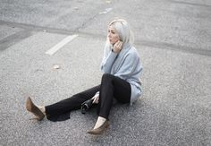 Sweater Shwrm, Showroom, Weronika Lipka, grey, Weekday, Pumps H&M, Wood Wood, Schal, Plissee, Falabella, Stella McCartney, Look, lotd, ootd, Style, Streetstyle, Fashion, Blog, stryleTZ