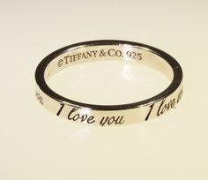 """Anello Tiffany Notes """"I Love You"""" in argento.Un Tiffany intramontabile,con inciso l'anno di fondazione.prezzo outlet.gioielleria orolive"""