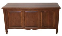 Amish Country Furnishings - Delafield Collection – Blanket Chest with Cedar Bottom