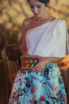 Invitada boda tarde noche falda estapada volumen Apparentia Elegant Dresses Classy, Classy Dress, Pretty Dresses, Dress Out, Dress Skirt, Sexy Outfits, Chic Outfits, Jupe Short, Fashion For Petite Women