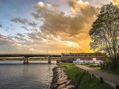 Dorchester sunset over the Neponset River and HarborWalk. #dorchester… #BostonHarborNow #Boston #bostonparks #dcr #MarketDistrict #Boston