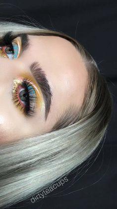 Hair and make up Glam Makeup, Pretty Makeup, Love Makeup, Skin Makeup, Makeup Inspo, Makeup Art, Makeup Inspiration, Beauty Makeup, Eyeliner