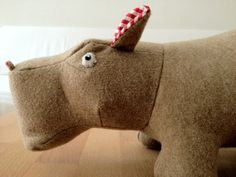 Nora das neunmalkluge Nilpferd