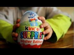 kinder bueno egg discovered by 𝒩𝒾𝒸𝑜𝓁𝑒𝓉𝓉𝑒 ∞ on We Heart It Surprise Egg Videos, Fanta Can, Family Kids, We Heart It, Water Bottle, Eggs, Easter, Weddings, Life