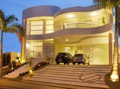 Decor Salteado - Blog de Decoração e Arquitetura : 20 Fachadas de casas com linhas curvas – tendência na arquitetura!