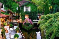 Hotel Le Moulin du Roc(シャンパニャック・デ・ベルエアー)