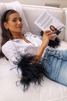 Danielle Bernstein's Book This Is Not a Fashion Story Diy Fashion, Ideias Fashion, Fashion Looks, Fashion Outfits, Fashion Design, Petite Fashion, Business Formal Women, Business Casual Attire, Professional Attire