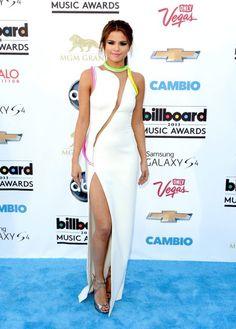 Selena Gomez looking stunning at the 2013 Billboard Awards!