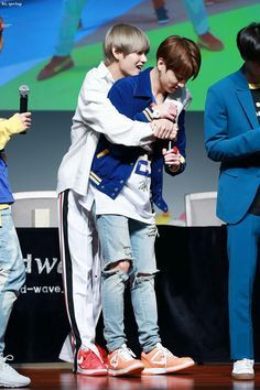 [171001] Vkook 'LOVE YOURSELF 承 Her' Sangam Fansign