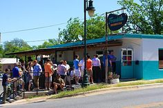 """Franklin BBQ was named """"Best BBQ in America"""" by Bon Appetit Magazine in Patrons line up hours before open and the restaurant typically runs out of food hours after it opens. Located at 900 E. Austin, TX I'd like to find out what all the hype is about? Franklin Bbq, Texas Bbq, Unique Restaurants, Best Bbq, Texas History, Texas Travel, Stars At Night, Austin Tx, Vacation Destinations"""