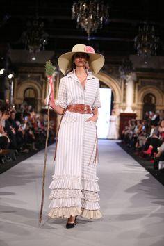 Belén Vargas Boho Fashion, Fashion Dresses, Spanish Fashion, Parisian, My Style, Boho Style, Bohemian, Shirt Dress, Pattern