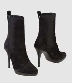378725570c5 Yves Saint Laurent ankle Boots Welcome to Yves Saint Laurent Outlet Store. Yves  Saint Laurent ankle boots on sale