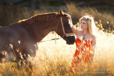 Wish I lived somewhere like this so I could have a picture with my horse in a field:/
