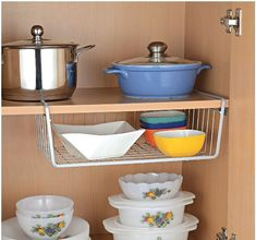 20 Kitchen Organization Must Haves for Indian Kitchens Old Kitchen Tables, Diy Kitchen, Kitchen Decor, Kitchen Design, Kitchen Ideas, Kitchen Rack, Kitchen Stuff, Cooking Gadgets, Kitchen Gadgets
