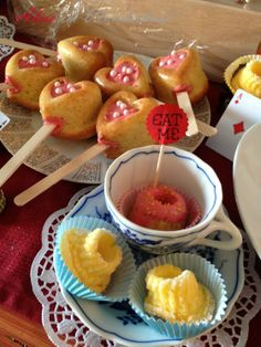 Diy Food, Muffin, Breakfast, March Hare, Alice In Wonderland Party, Food Food, Gifts, Morning Coffee, Muffins