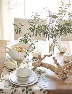 Elegant Table Setting Makes Your Dining Room Amazing : Contemporary Fall Table Ideas