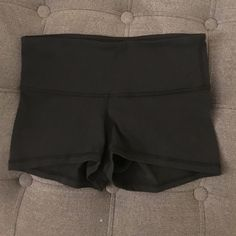 Lululemon Boogie Shorts Size 2 Lululemon Boogie Shorts. Black. Size 2 (but runs very small). Worn only two times. lululemon athletica Shorts