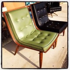 Big Chairs For Living Room Mid Century Chair, Mid Century Decor, Mid Century House, Mid Century Design, Mcm Furniture, Vintage Furniture, Furniture Design, Plywood Furniture, Chair Design