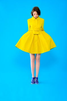 "This beautiful Collection is By Tara Jarmon 2013 and it's called ""Mademoiselle Tara"". If you want to buy some of these designs you can find here at Tara Jarmon. Yellow Fashion, Pop Fashion, Cute Fashion, Fashion Beauty, Tara Jarmon, Mellow Yellow, Yellow Coat, Yellow Raincoat, Yellow Sun"