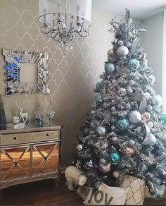 Best Christmas Trees We've Seen Blue Christmas Tree Decorations, Colorful Christmas Tree, Beautiful Christmas, Christmas Themes, Christmas Tree Ornaments, Christmas Fun, Christmas Place, White Christmas, Christmas Lights
