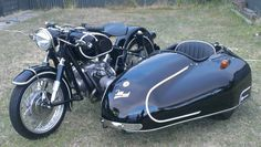 BMW R60/2 with a Tillbrook Sidecar
