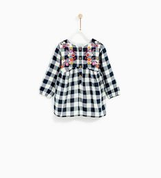 Zara Kids Spring 2018 You are in the right place about zara kids toddlers Here we offer you the most Toddler Girl Outfits, Baby Girl Dresses, Little Dresses, Baby Dress, Kids Outfits, Baby Girls, Zara Kids, Fashion Kids, Baby Girl Fashion