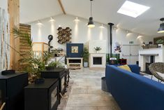 Bristol, Showroom, Bath, Table Decorations, Furniture, Home Decor, Bathing, Decoration Home, Room Decor
