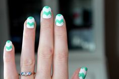 nail art chevron