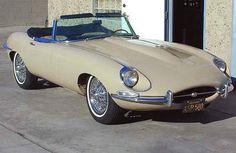 1967 Jaguar XKE Roadster 3