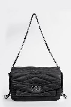 Zadig et Voltaire little quilted bag, with double shoulder strap of different sizes and Z&V military clasp, width 26 cm, height 16 cm, depth 16 cm, length of the handle 68 cm, length of the shoulder strap 98 cm, 100% lambskin