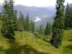 Lechtal - Stanzach-Elmen via Neerengrat zicht op Forchach