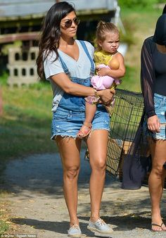 Kourtney Kardashian Hamptons July 3 2014