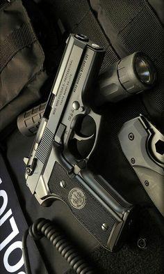 Tokyo marui handgun 9mm