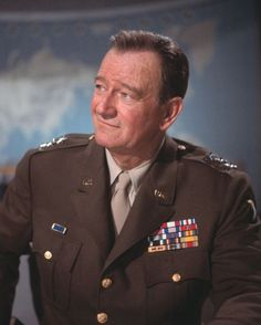 John Wayne - from a German website Hollywood Music, Hollywood Men, Hollywood Stars, Old Movies, Vintage Movies, Great Movies, John Wayne Quotes, John Wayne Movies, The Quiet Man