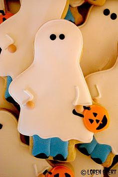 Ghost costume cookies. Could they be any cuter?