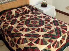 Jacobs Ladder Fan Quilt -- exquisite made with care Amish Quilts from Lancaster (hs1237)