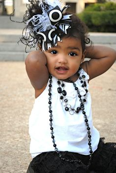 cute black and white outfit, cute hair pretty, cute necklace, really cute kid! What to wear for a kids photo session. Little Babies, Cute Babies, Little Girls, Black Babies, Black Kids, Baby Kind, Baby Love, Baby Baby, Fashion Kids